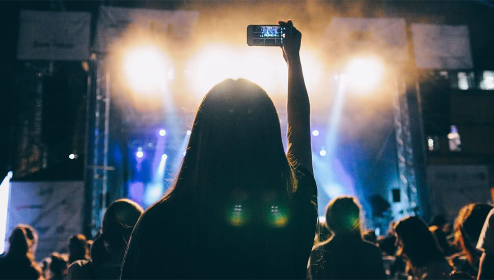 Social Media & Dance Music:  'INSTA DJ' Examines the Impact