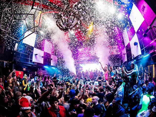 6 Best nightclubs in Singapore 2020